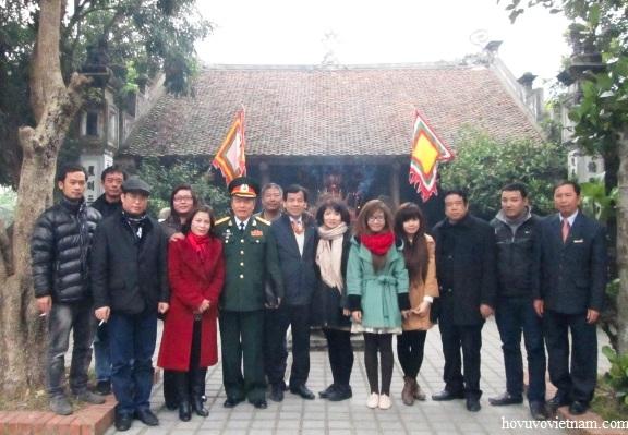 Các hậu duệ họ Vũ - Võ chụp ảnh lưu niệm sau lễ