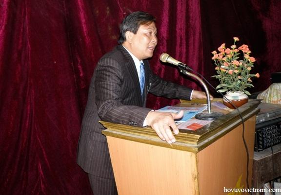 Doanh nhân Vũ Duy Bổng phát biểu tại buổi lễ