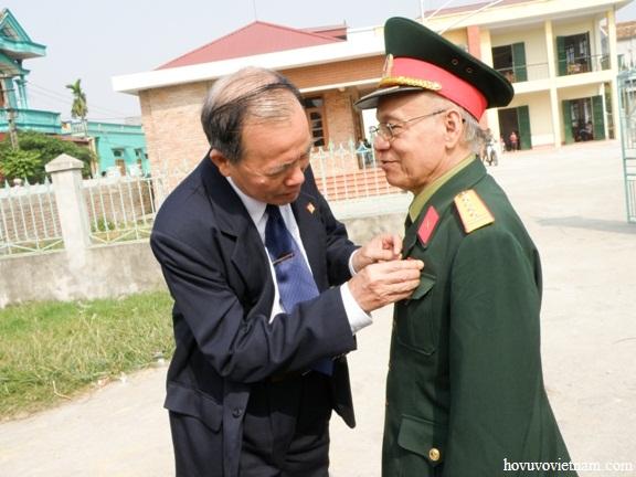 tá Vũ Mạnh Thư - Phó Chủ tịch HĐ DH Vũ - Võ Việt Nam